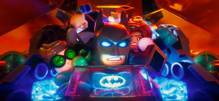legobatmanmovie-batman-batwing-crowded-700x322