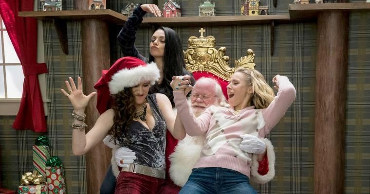 rs-a-bad-moms-christmas-159fa9d4-c513-47bc-90a8-9159114134d5